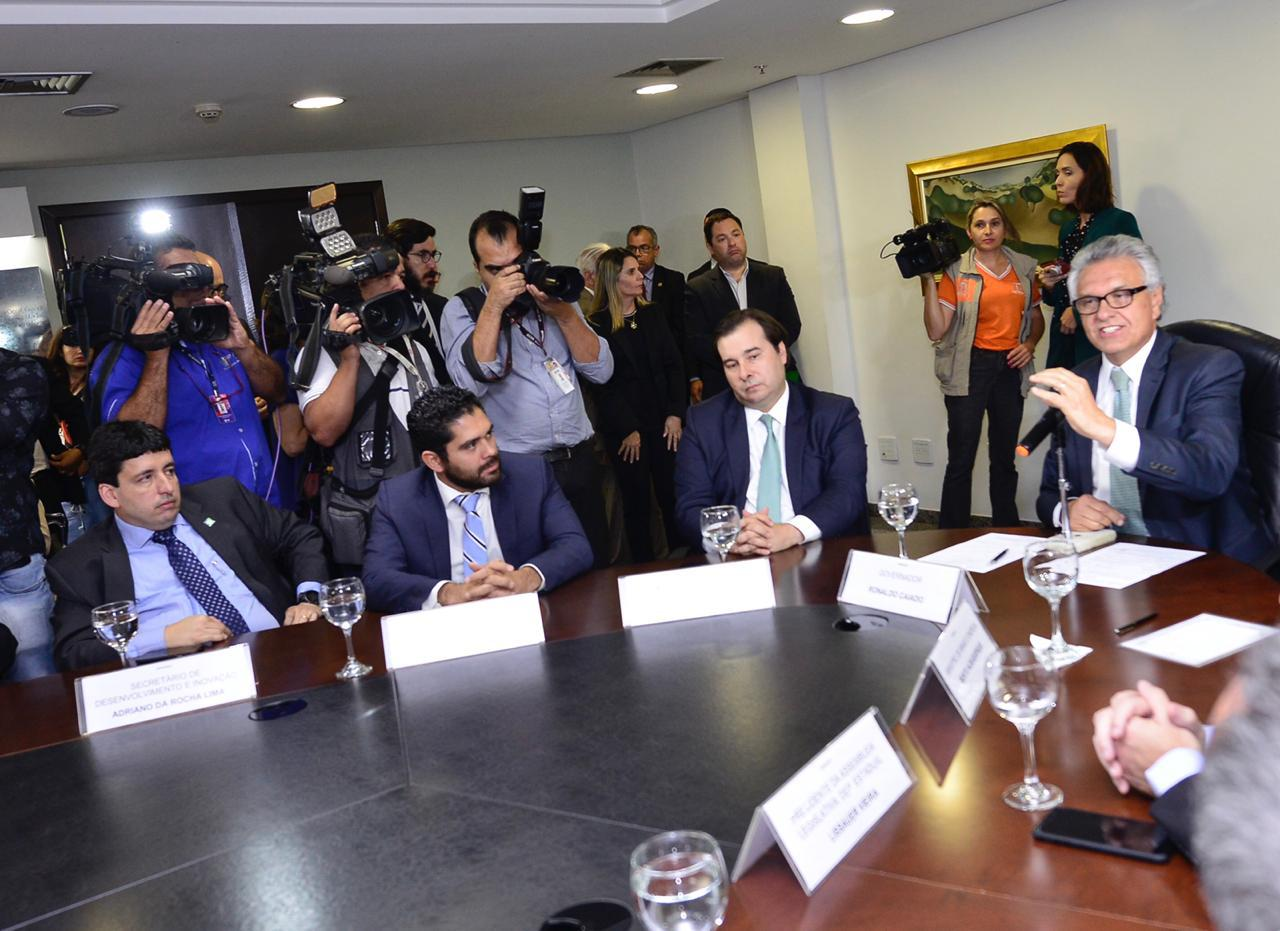 Resultado de imagem para Governo de Goiás e Enel